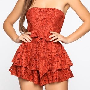 Romper - Red lace - Fashion Nova